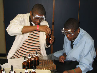 Illinois high school students compete in the Chem Lab event.